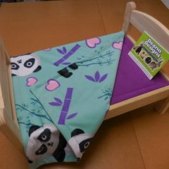 Doll bed: Absorbent liner